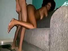 Video De Novinha Putinha DA Web Caiu Na Net Fodendo Sua Buceta De Quatro No Sofa